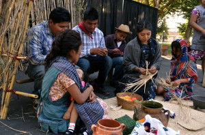Farmworkers are among the poorest in the region. In the image, children  of farmworkers during a representation of life  in their native Mexico (2015) (Foto: Eduardo Stanley)